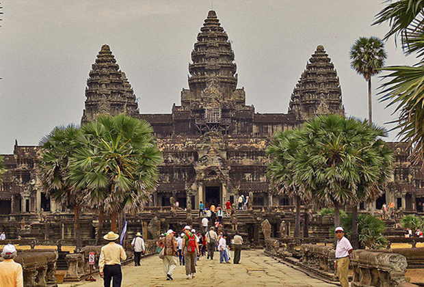 Angkor Discover Package